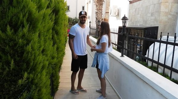 Murat Boz-Aslı Enver çifti 2 günlük tatilde
