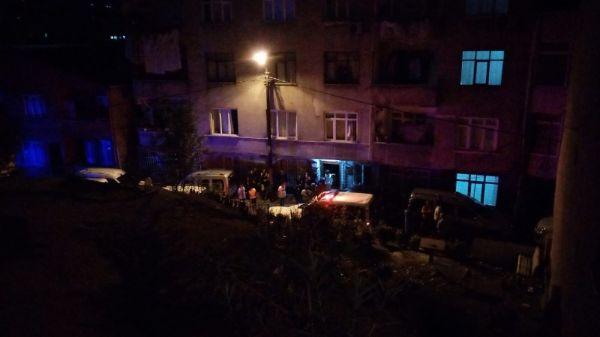 Kağıthane'de iki aile arasında kavga çıktı: 3 yaralı