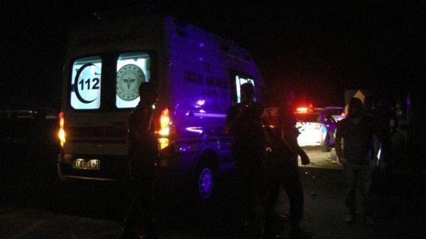 Muğla'da kaza yapan araçlar yoldan kaldırıldı