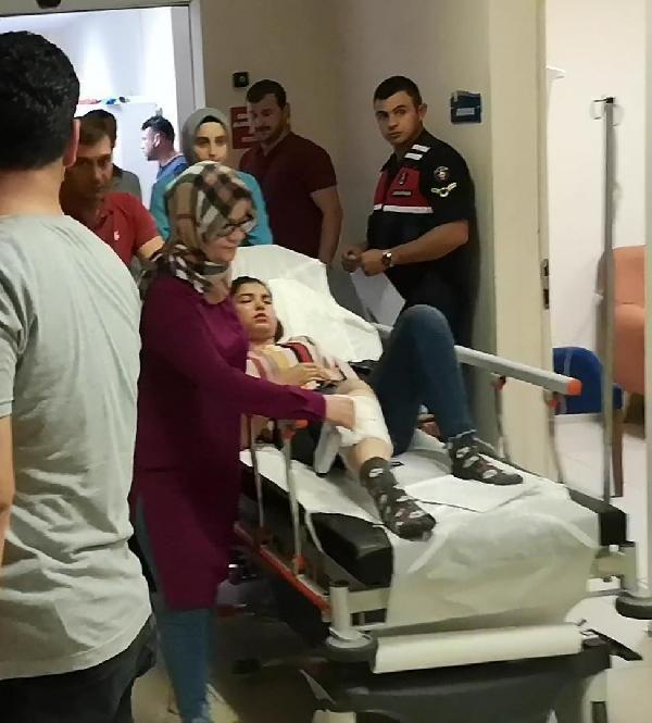 Düğünde tabanca çıkaran maganda çocuğu yaraladı