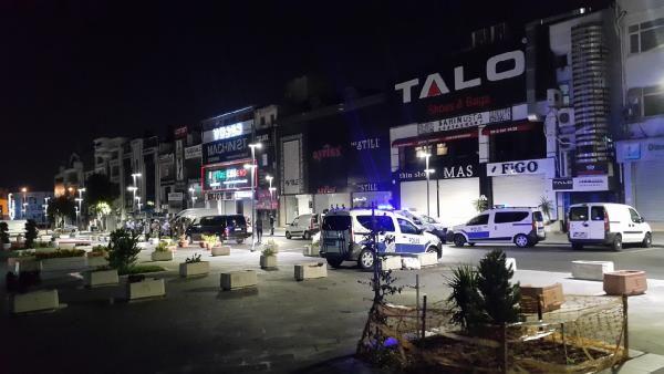 Gaziosmanpaşa'da bir AVM'ye ateş açtılar