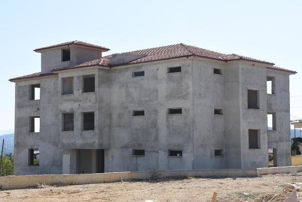 İzmir'de inşaatı bitmeyen okul konteynerde eğitim veriyor