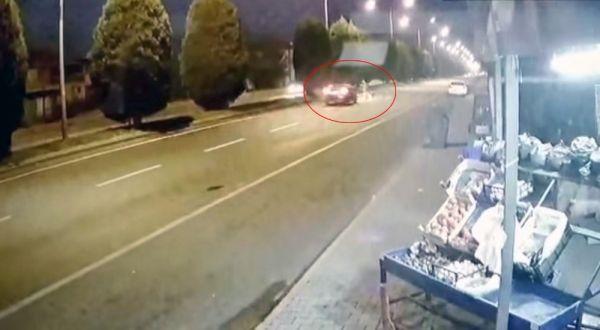 Manisa'da karşıya geçerken yaşlı adama otomobil çarptı