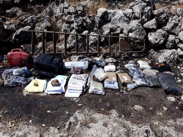 Mardin'de PKK sığınağında silah ve mühimmatı ele geçirildi