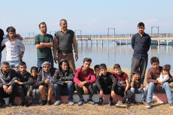 Ayvalık'ta jandarma 92 göçmen yakaladı