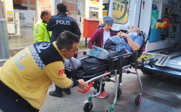 Kocaeli'de uyuyakalan sürücü 2 kişiye çarparak yaraladı