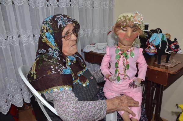 90 yaşında diktiği oyuncaklarla çocukları sevindiriyor