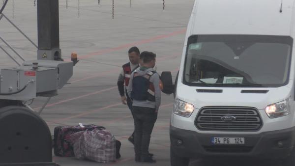 Alman vatandaşı 6 terörist sınır dışı edildi -3