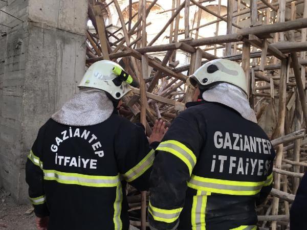 Cami inşaatında çökme: 1 işçi enkaz altında kaldı (1) -4