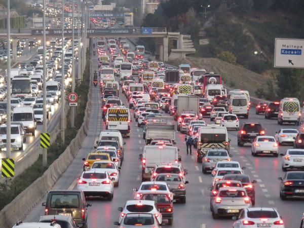 İstanbul trafiğinde son durum -1