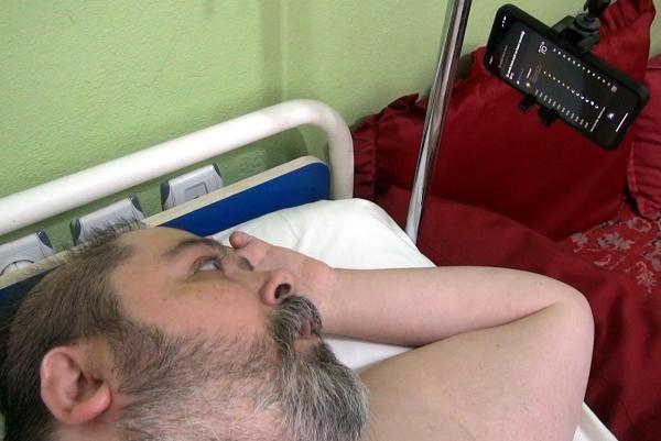 Doktorların 2 yıl ömür biçtiği Ali, Siri ile hayata tutundu -4