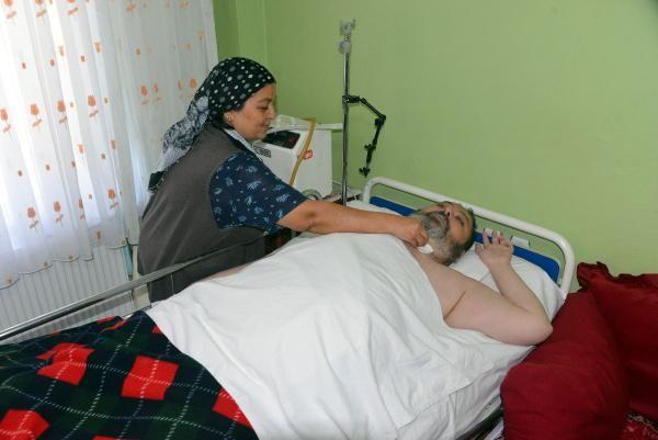 Doktorların 2 yıl ömür biçtiği Ali, Siri ile hayata tutundu -8