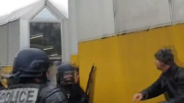 Sarı yelekliler eylemlerinin birinci yılında yine çatışma çıktı -5