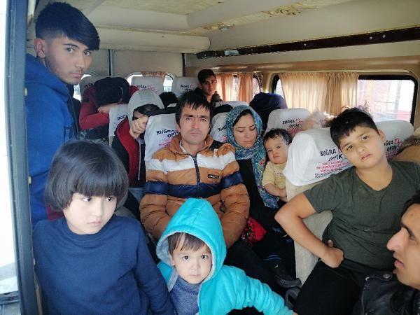 Çanakkale'de 98 kaçak göçmen yakalandı -2