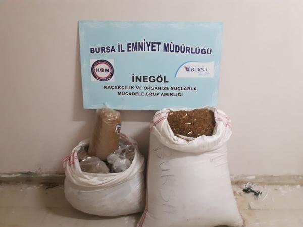 Bursa'da 70 kilo kaçak tütün ve 300 paket kaçak sigara ele geçirildi -2