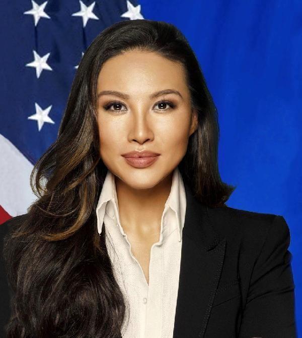 Sahte öz geçmişli ABD Dışişleri Bakanlığı çalışanı istifa etti -1