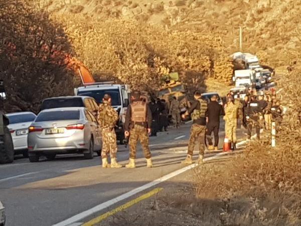 Tunceli'de operasyondan dönen askerleri taşıyan zırhlı araç devrildi -2