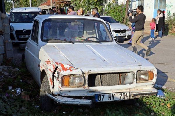 Çaldığı eski model araçla trafiği birbirine kattı, saklandığı evden ağlayarak çıktı -3