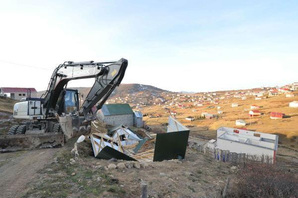 Trabzon'da 160 kaçak yapı yıkıldı -4