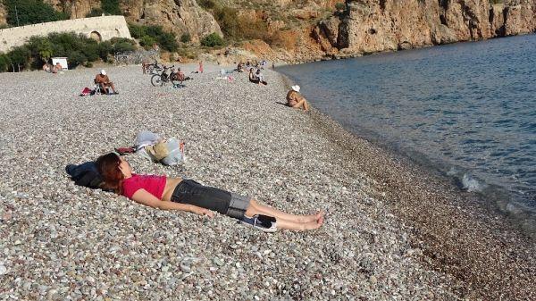 Antalya'da aralık ayında deniz keyfi -6