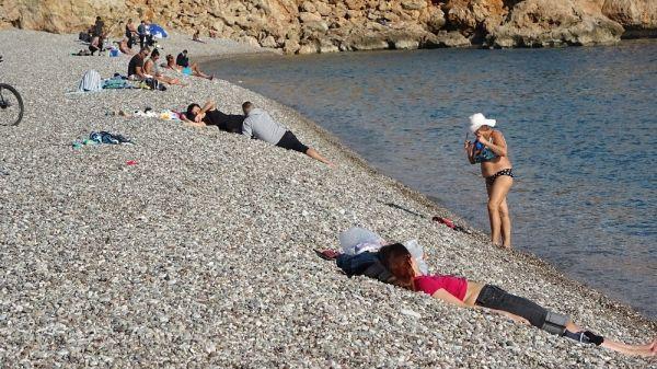 Antalya'da aralık ayında deniz keyfi -3