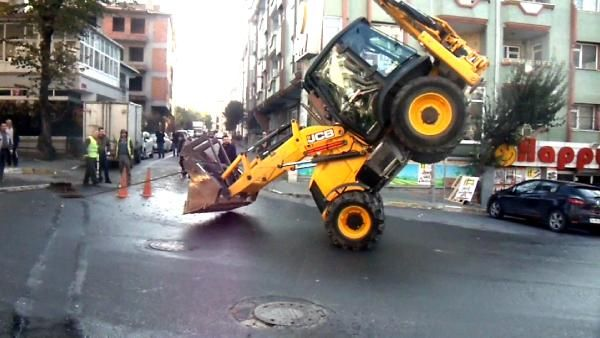Kepçeyle 'akrobatik' hareket yapan operatöre ceza -3