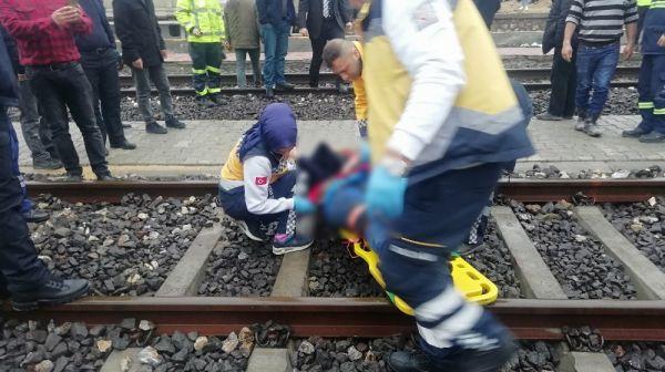 Tren raylarında feci kaza: 1 ölü -3
