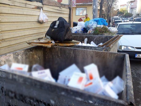 Çöp konteynırında yüzlerce kutu ilaç bulundu -1