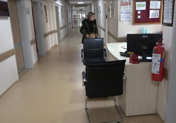 Doktor, işçinin hastane tavanından düştüğü anları anlattı