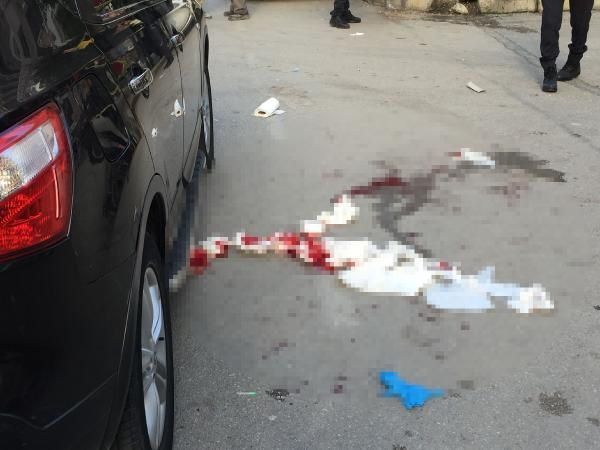 Sevgilisini otomobilde bıçakladı, linçten kurtuldu -4