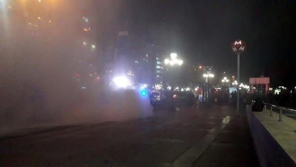 Ankara Kızılay Meydanı'nda otobüs yangını -2