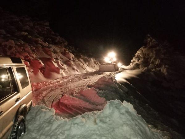 Antalya'da karda mahsur kalan vatandaşlar kurtarıldı -2