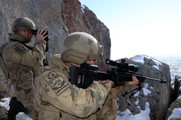 Tendürek Dağı'nda eksi 35 derecede vatan savunması -10