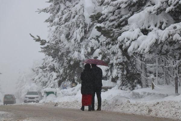 Abant'ta kar kalınlığı 1 metreyi buldu -3