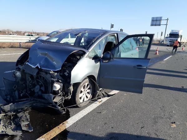 Tekirdağ'da ışık ihlali yapan sürücü, otomobile çarpınca yaşamını yitirdi -3