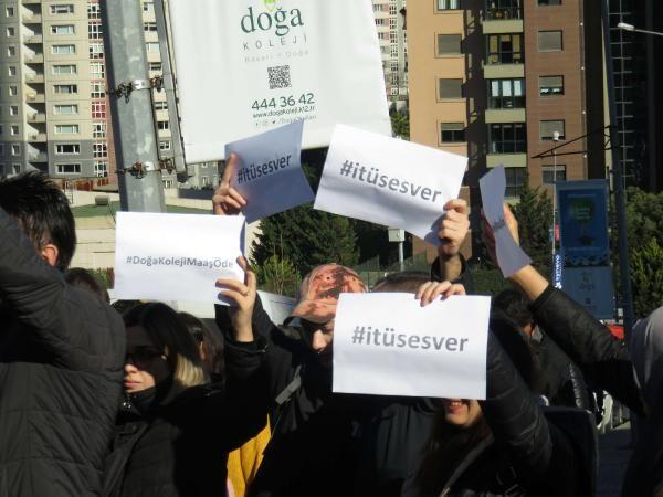 Doğa Koleji önünde velilerden öğretmenler için eylem -5