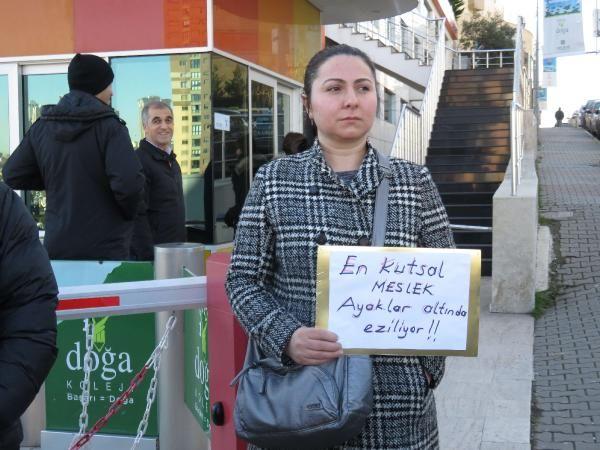 Doğa Koleji önünde velilerden öğretmenler için eylem -6