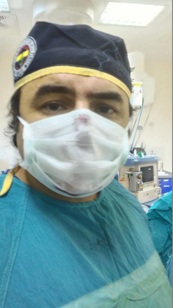 Darbedilen doktor, saldırganın eşine doğum yaptırdı -1
