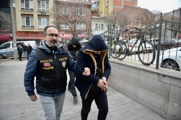 Eskişehir'de telefonla dolandırıcılığa 4 tutuklama -1