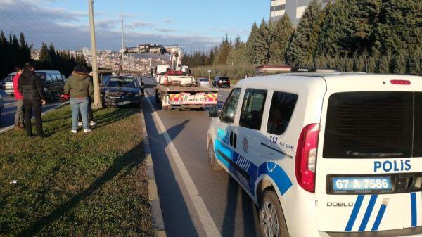 Otomobile çarpıp refüje çıktı: 1 yaralı -4