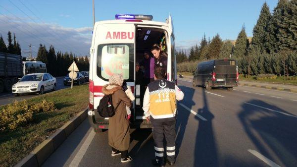 Otomobile çarpıp refüje çıktı: 1 yaralı -2