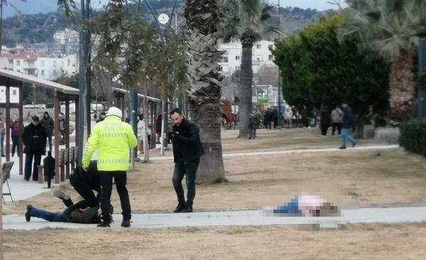 Parkta eşini vurdu, polis ve sağlık ekibi gelinceye kadar başında bekledi -1