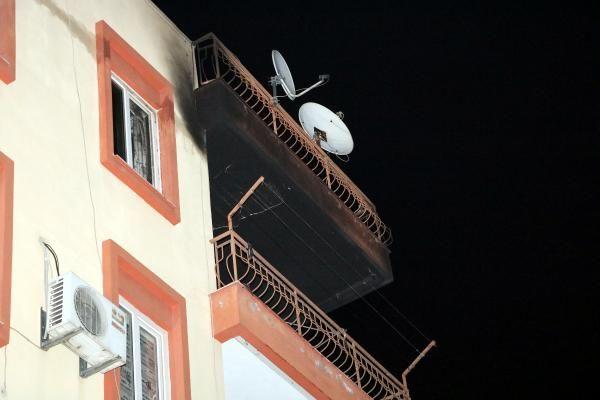 Devrilen elektrikli ısıtıcıdan çıkan yangında ev küle döndü -2