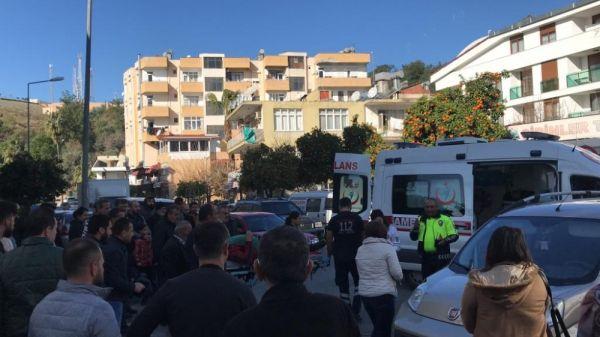 Kasksız motosiklet sürücüsü ölümden döndü -3
