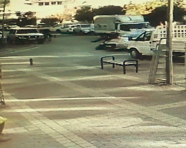 Kasksız motosiklet sürücüsü ölümden döndü -5