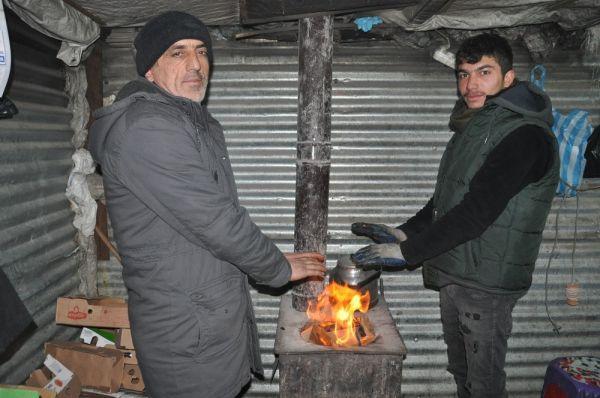 Yüksekova'da soğuk hava hayatı olumsuz Eietkiliyor -1