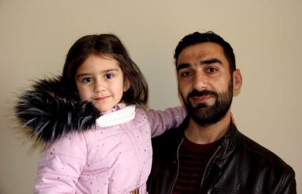 Minik Zeynep'ten duygulandıran davranış, kumbarasındaki paraları İdlib'deki çocuklara bağışladı -2