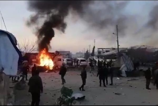 Azez'de PKK/YPG'literöristlerdenbomba yüklü kamyonetle saldırı:7 ölü -4