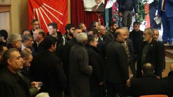 Şanlıurfa'daCHP kongresinde arbede -6