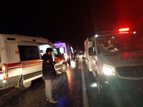 Botan Çayı'nda mahsur kalan 35 kişi kurtarıldı